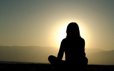 Wie wir innere Kraft durch geführte Meditationen gewinnen